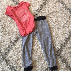Old navy girls size 8 T-shirt and sweat pants
